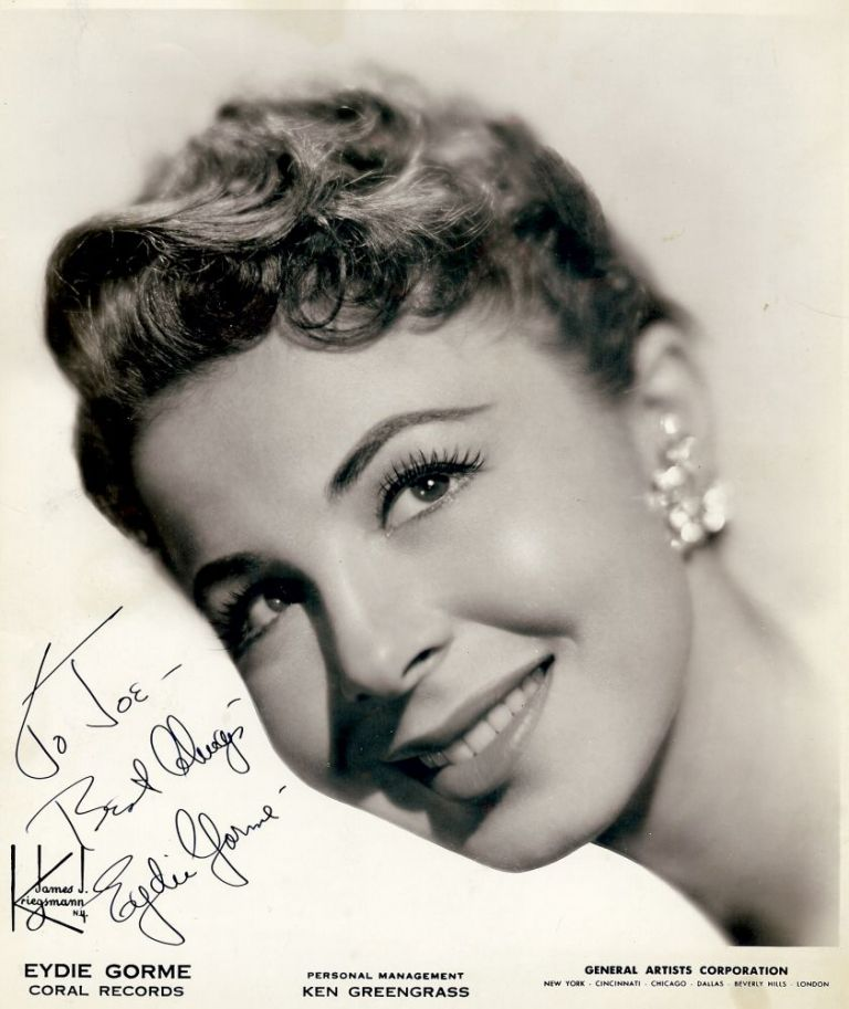 Signed Photograph. Eydie GORME.