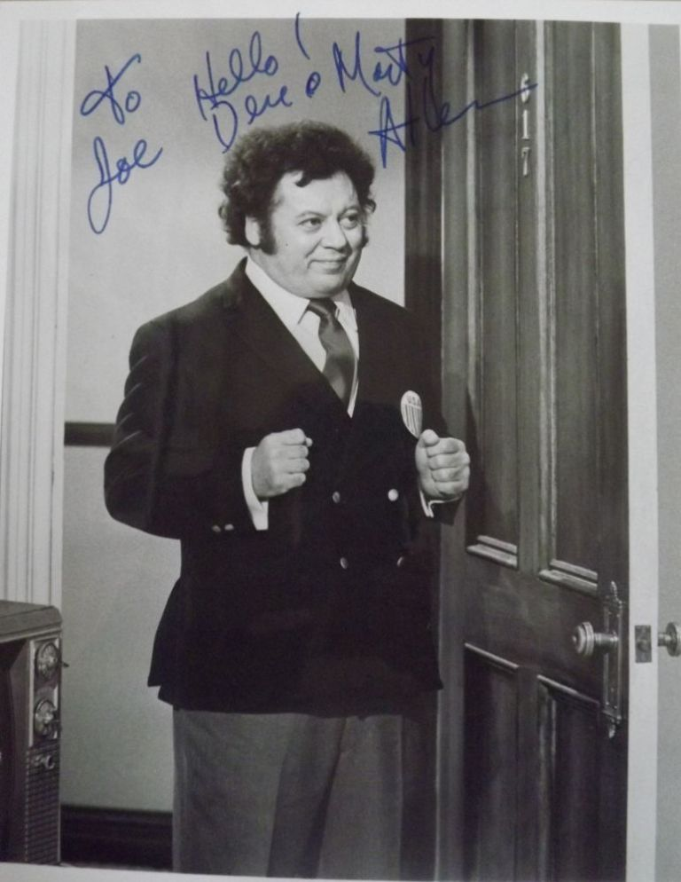 Signed Photograph. Marty ALLEN.