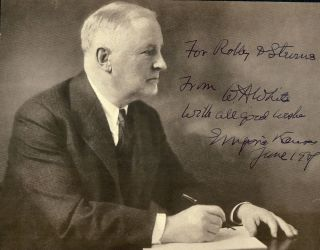 SIGNED PHOTOGRAPH. WILLIAM ALLEN WHITE