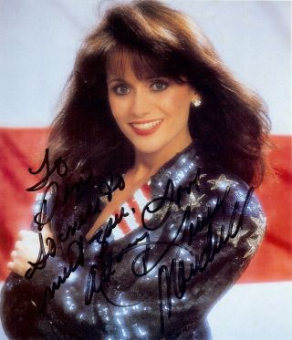 SIGNED PHOTOGRAPH. Louise MANDRELL
