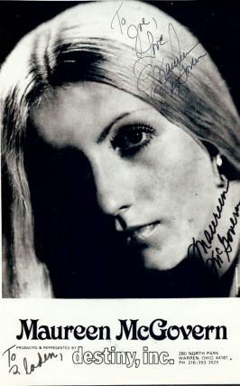 Signed Photograph. Maureen McGOVERN